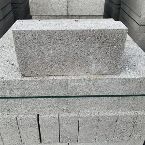 7n Breeze Blocks